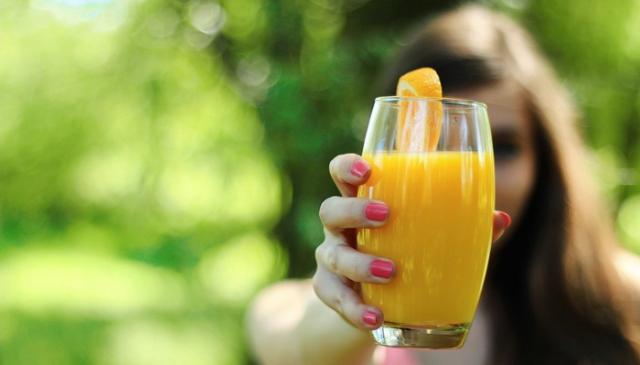 Veštački zaslađivači u voćnim sokovima i njihov negativan uticaj