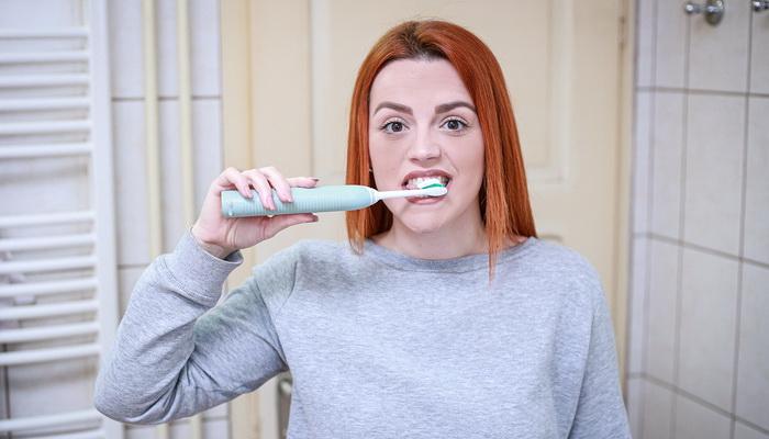 Izbeljivanje zuba - delotvorne tehnike prirodnog izbeljivanja